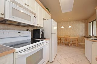 Photo 4: 3692 OXFORD Street in Port Coquitlam: Glenwood PQ House for sale : MLS®# R2351603