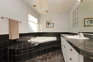 Photo 14: 3692 OXFORD Street in Port Coquitlam: Glenwood PQ House for sale : MLS®# R2351603