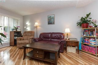Photo 2: 103 1014 Rockland Avenue in VICTORIA: Vi Rockland Condo Apartment for sale (Victoria)  : MLS®# 407395