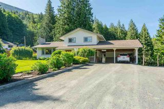 "Photo 3: 41650 BOWMAN Road in Yarrow: Majuba Hill House for sale in ""MAJUBA HILL"" : MLS®# R2353801"