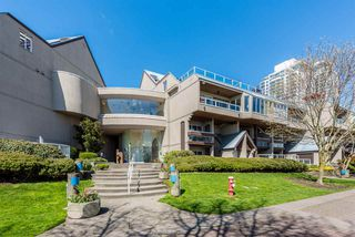 "Photo 1: 307 5 K DE K Court in New Westminster: Quay Condo for sale in ""Quayside Terrace"" : MLS®# R2359596"