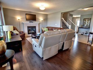 Photo 3: 607 Albany Way in Edmonton: Zone 27 House for sale : MLS®# E4154109