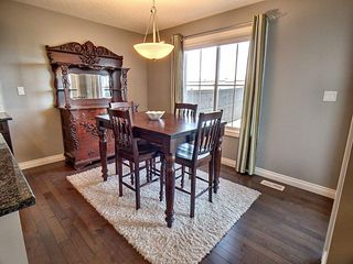 Photo 5: 607 Albany Way in Edmonton: Zone 27 House for sale : MLS®# E4154109