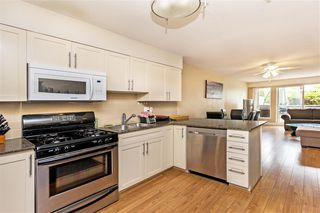 Photo 4: 319 3423 E HASTINGS Street in Vancouver: Hastings Sunrise Townhouse for sale (Vancouver East)  : MLS®# R2369363