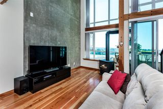 "Photo 8: 514 7 RIALTO Court in New Westminster: Quay Condo for sale in ""Murano Lofts"" : MLS®# R2373626"