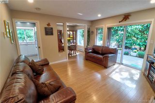 Photo 9: 112 632 Goldstream Ave in VICTORIA: La Fairway Row/Townhouse for sale (Langford)  : MLS®# 818954