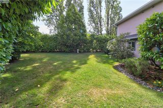 Photo 18: 112 632 Goldstream Avenue in VICTORIA: La Fairway Row/Townhouse for sale (Langford)  : MLS®# 412973