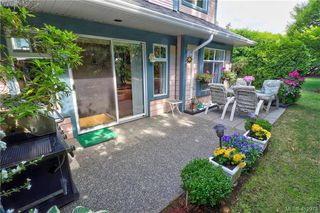 Photo 16: 112 632 Goldstream Avenue in VICTORIA: La Fairway Row/Townhouse for sale (Langford)  : MLS®# 412973