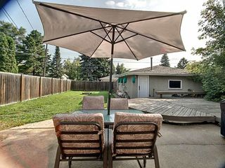 Photo 5: 5724 90 Avenue in Edmonton: Zone 18 House for sale : MLS®# E4166122