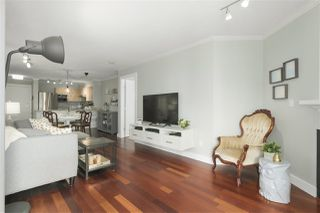 "Photo 5: 316 147 E 1ST Street in North Vancouver: Lower Lonsdale Condo for sale in ""CORONADO"" : MLS®# R2390043"