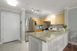 "Photo 11: 316 147 E 1ST Street in North Vancouver: Lower Lonsdale Condo for sale in ""CORONADO"" : MLS®# R2390043"