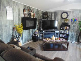 Photo 7: 1367 LAKEWOOD Road: Sherwood Park Mobile for sale : MLS®# E4176921