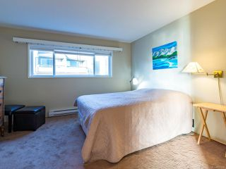 Photo 18: 304 2250 Manor Pl in COMOX: CV Comox (Town of) Condo for sale (Comox Valley)  : MLS®# 832760