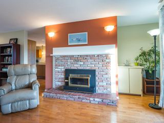 Photo 10: 304 2250 Manor Pl in COMOX: CV Comox (Town of) Condo for sale (Comox Valley)  : MLS®# 832760
