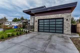 Photo 1: 15832 PROSPECT Crescent: White Rock House for sale (South Surrey White Rock)  : MLS®# R2446397