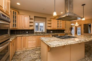 Photo 9: 970 HOLLINGSWORTH Bend in Edmonton: Zone 14 House for sale : MLS®# E4198654