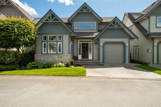 """Main Photo: 4 6177 169 Street in Surrey: Cloverdale BC Townhouse for sale in """"Northview Walk"""" (Cloverdale)  : MLS®# R2475285"""