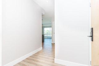 Photo 5: 304 2500 Hackett Cres in : CS Turgoose Condo Apartment for sale (Central Saanich)  : MLS®# 855268
