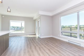 Photo 6: 304 2500 Hackett Cres in : CS Turgoose Condo Apartment for sale (Central Saanich)  : MLS®# 855268