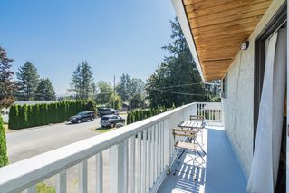 Photo 11: 5873 172A Street in Surrey: Cloverdale BC 1/2 Duplex for sale (Cloverdale)  : MLS®# R2497442