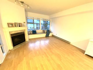 "Photo 3: PH1A 7025 STRIDE Avenue in Burnaby: Edmonds BE Condo for sale in ""SOMERSET HILL"" (Burnaby East)  : MLS®# R2518301"
