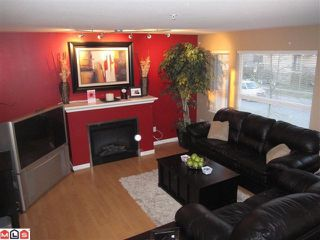 Photo 4: 23 5355 201A Street in Langley: Langley City Townhouse for sale : MLS®# F1104483