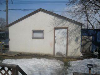 Photo 10: 2073 Gallagher Avenue in WINNIPEG: Brooklands / Weston Residential for sale (West Winnipeg)  : MLS®# 1105424