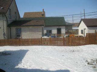 Photo 11: 2073 Gallagher Avenue in WINNIPEG: Brooklands / Weston Residential for sale (West Winnipeg)  : MLS®# 1105424