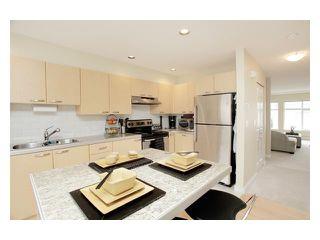 "Photo 2: 15 9533 GRANVILLE Avenue in Richmond: McLennan North Townhouse for sale in ""GRANVILLE GREENE"" : MLS®# V882310"
