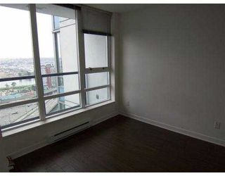 Photo 9: 2303 928 Beatty Street in Vancouver: Yaletown Condo for sale (Vancouver West)  : MLS®# V732881