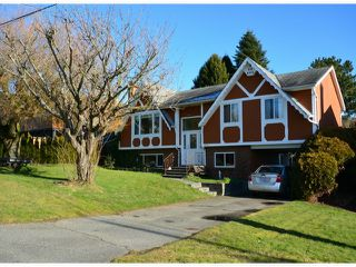 Main Photo: 1070 PARKER Street: White Rock House for sale (South Surrey White Rock)  : MLS®# F1400203