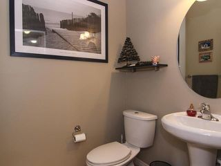 Photo 4: 482 BOULDER CREEK Way: Langdon Residential Attached for sale : MLS®# C3606577