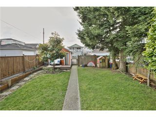 Photo 3: 2880 GRANT Street in Vancouver: Renfrew VE House for sale (Vancouver East)  : MLS®# V1055300