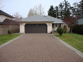 "Photo 3: 19036 64TH Avenue in Surrey: Cloverdale BC House for sale in ""CLAYTON HILL"" (Cloverdale)  : MLS®# F1409309"
