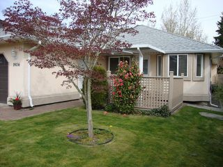 "Photo 4: 19036 64TH Avenue in Surrey: Cloverdale BC House for sale in ""CLAYTON HILL"" (Cloverdale)  : MLS®# F1409309"