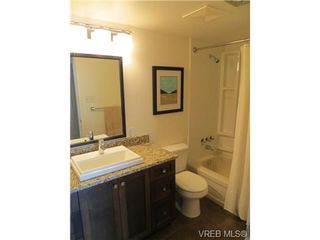 Photo 12: 205 1040 Rockland Avenue in VICTORIA: Vi Downtown Condo Apartment for sale (Victoria)  : MLS®# 335991