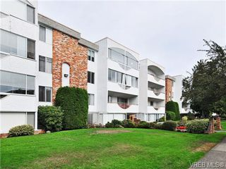 Photo 17: 205 1040 Rockland Avenue in VICTORIA: Vi Downtown Condo Apartment for sale (Victoria)  : MLS®# 335991