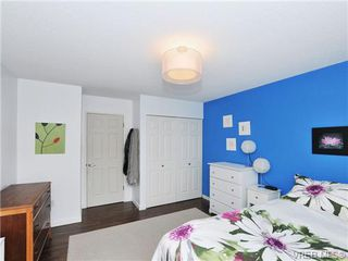 Photo 11: 205 1040 Rockland Avenue in VICTORIA: Vi Downtown Condo Apartment for sale (Victoria)  : MLS®# 335991