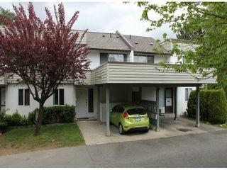 """Photo 1: 33 2830 W BOURQUIN Crescent in Abbotsford: Central Abbotsford Townhouse for sale in """"Abbotsford Court"""" : MLS®# F1411300"""