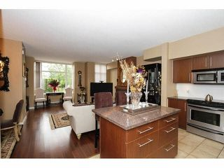 Photo 10: TH12 2089 ROSSER Avenue in Burnaby: Brentwood Park Townhouse for sale (Burnaby North)  : MLS®# V1066861