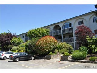Photo 2: 103 2040 White Birch Rd in SIDNEY: Si Sidney North-East Condo Apartment for sale (Sidney)  : MLS®# 705876