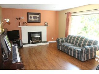 """Photo 3: 4794 206A Street in Langley: Langley City House for sale in """"City Park"""" : MLS®# F1445870"""