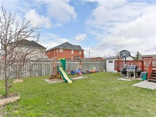Photo 11: 4 Stirrup Court in Brampton: Fletcher's Creek Village House (2-Storey) for sale : MLS®# W3263577