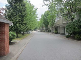 "Photo 19: 2 7500 CUMBERLAND Street in Burnaby: The Crest Townhouse for sale in ""WILDFLOWER BY POLYGON"" (Burnaby East)  : MLS®# V1135476"