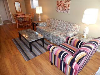 Photo 3: 528 Melbourne Avenue in WINNIPEG: East Kildonan Residential for sale (North East Winnipeg)  : MLS®# 1523099