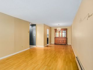 "Photo 4: 313 8760 NO 1 Road in Richmond: Boyd Park Condo for sale in ""APPLE GREENE"" : MLS®# R2004968"