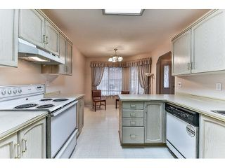"Photo 6: 14 2006 WINFIELD Drive in Abbotsford: Abbotsford East Townhouse for sale in ""Ascot Hills II"" : MLS®# R2045901"