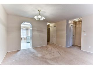 "Photo 5: 14 2006 WINFIELD Drive in Abbotsford: Abbotsford East Townhouse for sale in ""Ascot Hills II"" : MLS®# R2045901"
