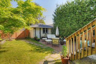 "Photo 10: 65 E 40TH Avenue in Vancouver: Main House for sale in ""Main Street"" (Vancouver East)  : MLS®# R2050054"