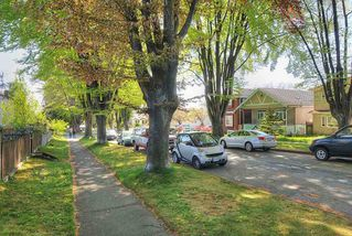 """Photo 16: 65 E 40TH Avenue in Vancouver: Main House for sale in """"Main Street"""" (Vancouver East)  : MLS®# R2050054"""